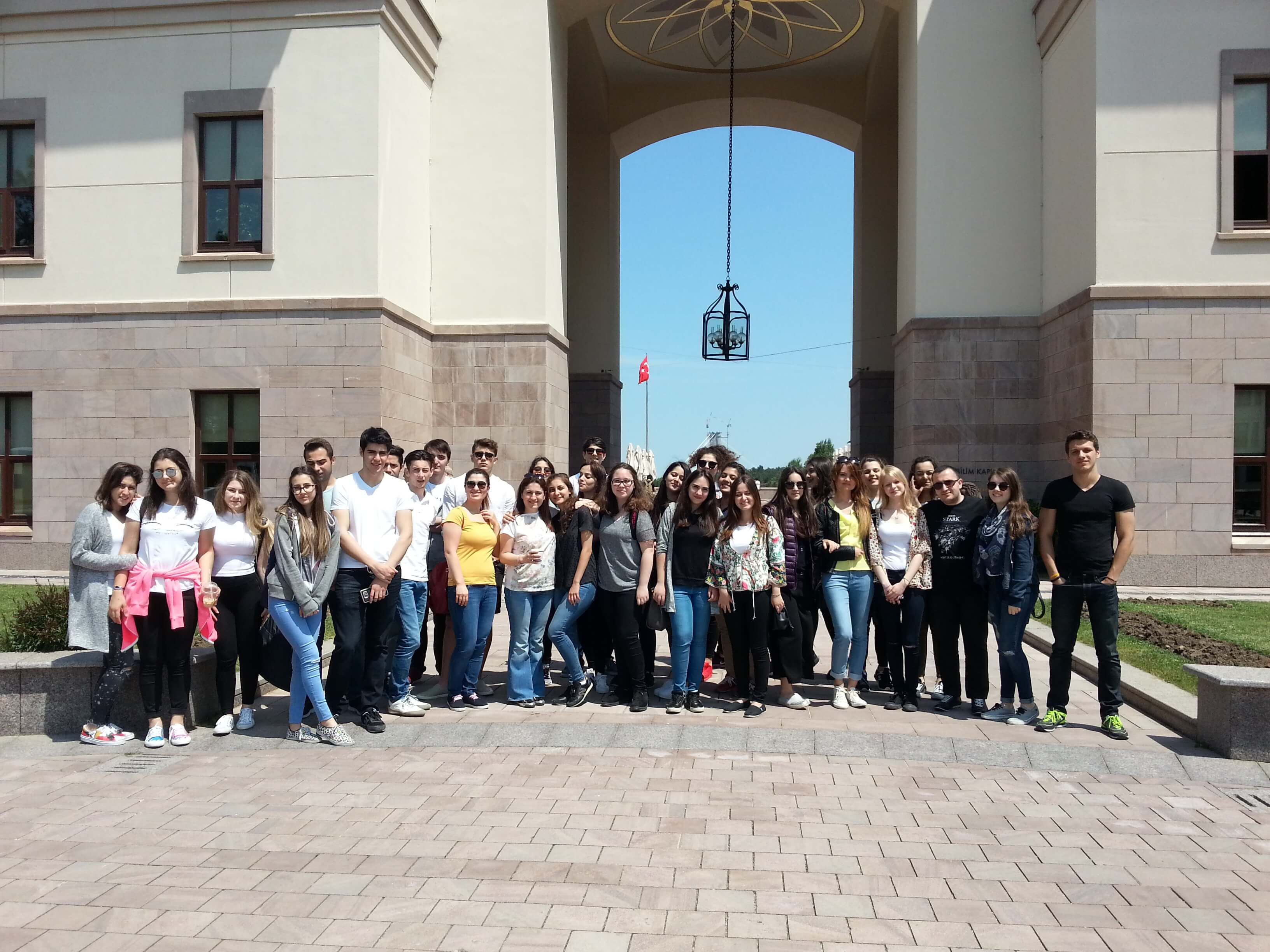 MEV Büyükçekmece Anadolu Lisesi Öğrencileri Koç Üniversitesi'nde