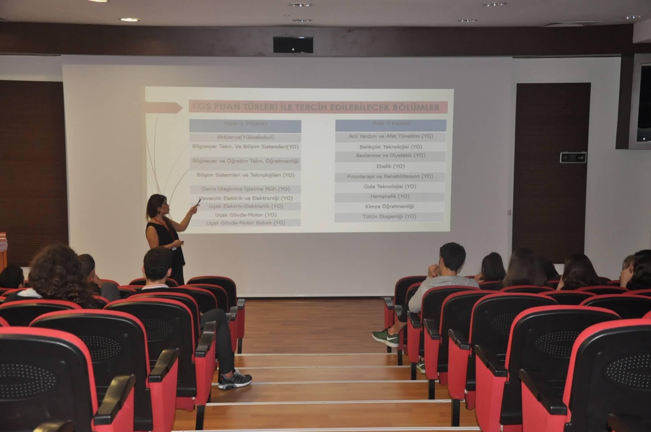 """12. Sınıf Öğrencilerimize Yönelik  """"YGS-LYS Öğrenci Bilgilendirme Semineri"""" Düzenlendi"""