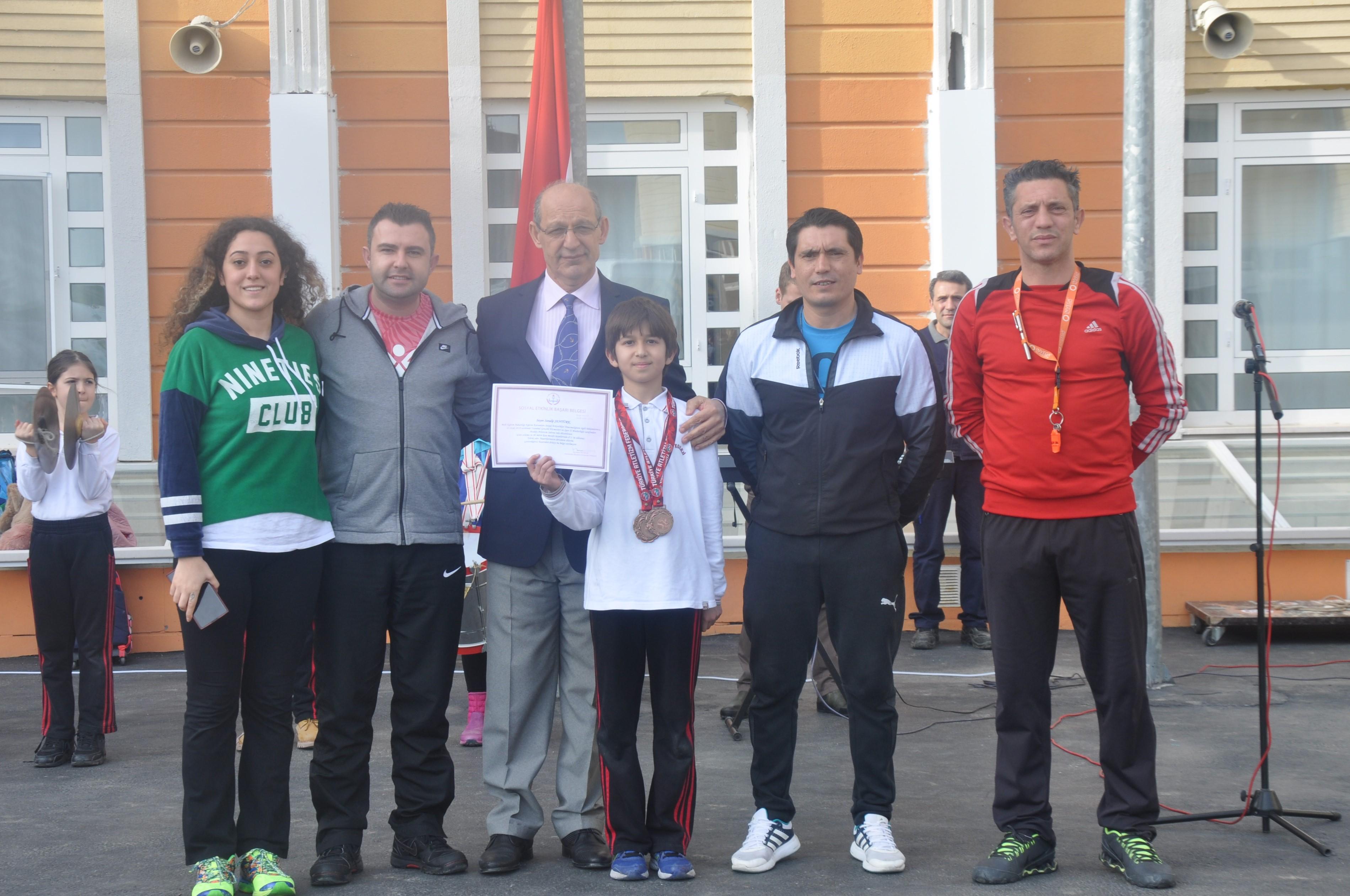 Sanalp, Atletizmde İstanbul Üçüncüsü