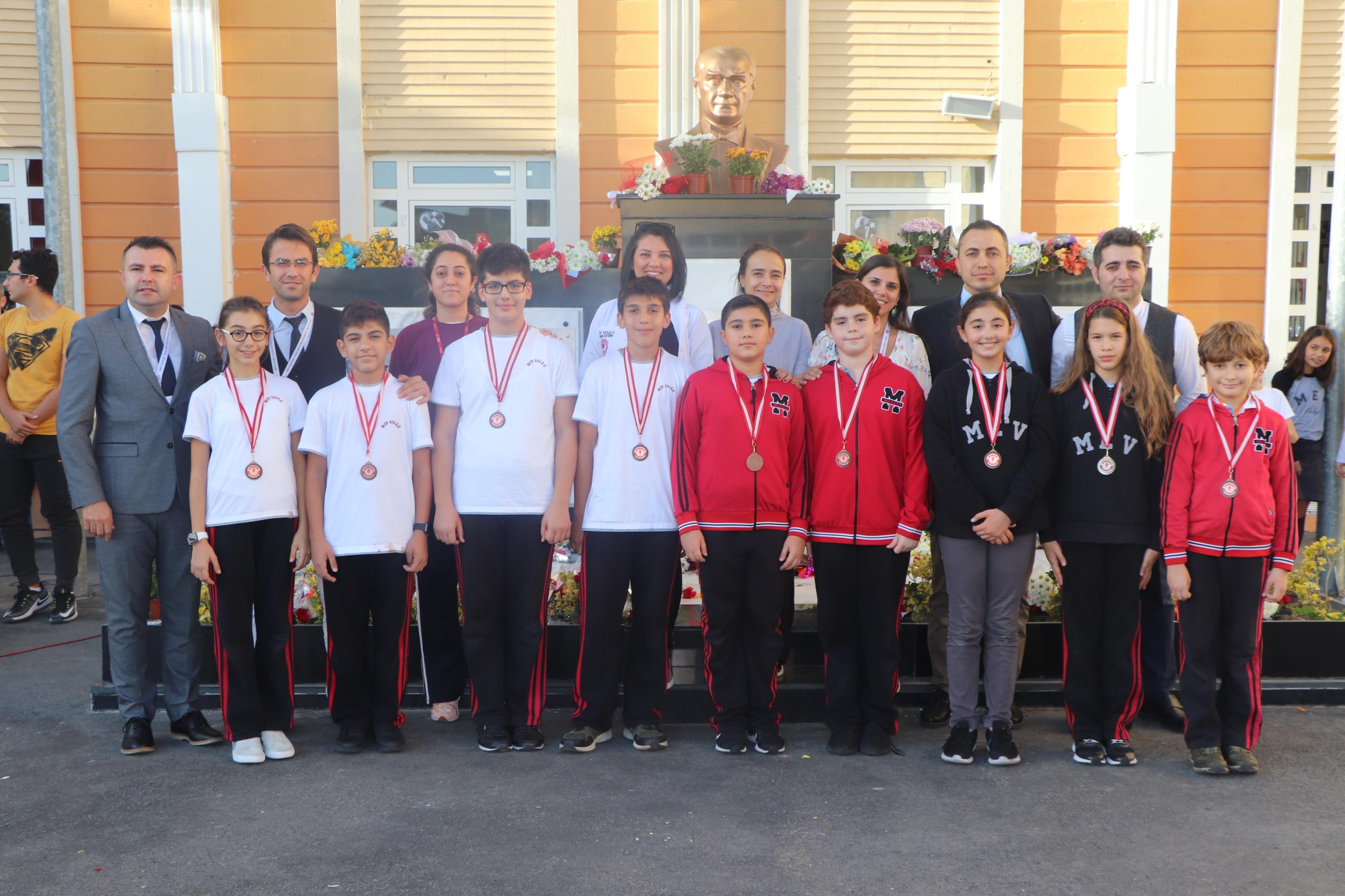 PESA 1 Sınavı'nda MEV Koleji İmzası