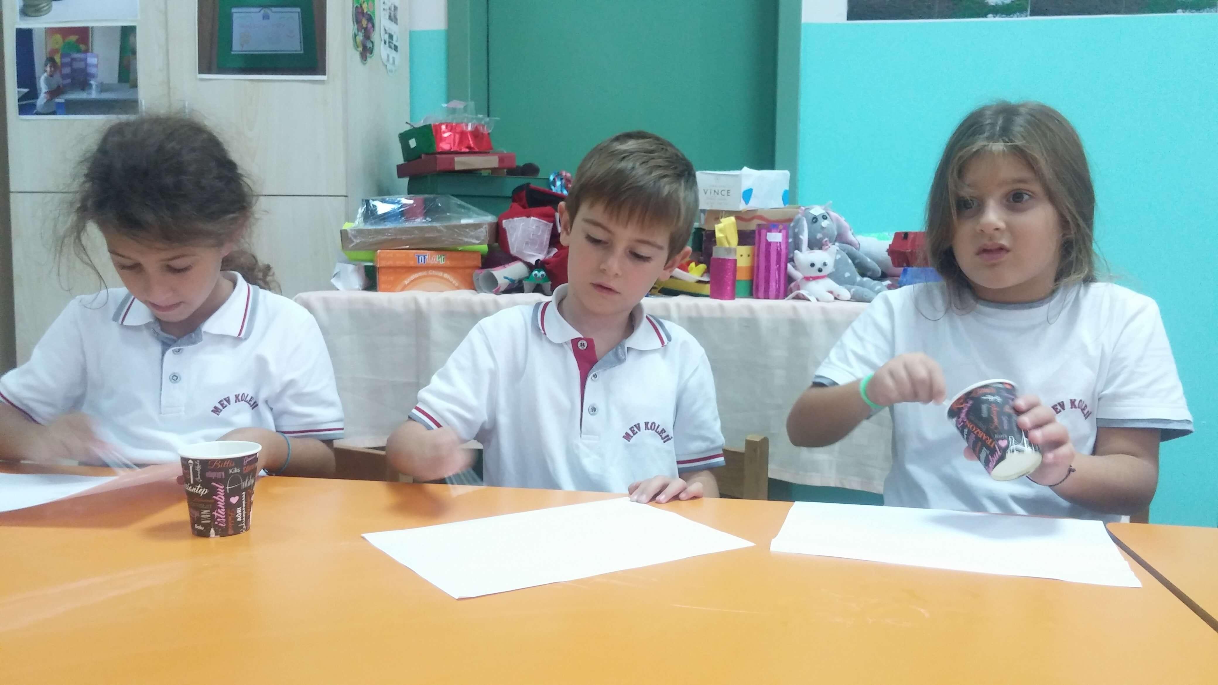 1. Sınıf Öğrencilerimiz Isının Etkilerini Gözlemlediler