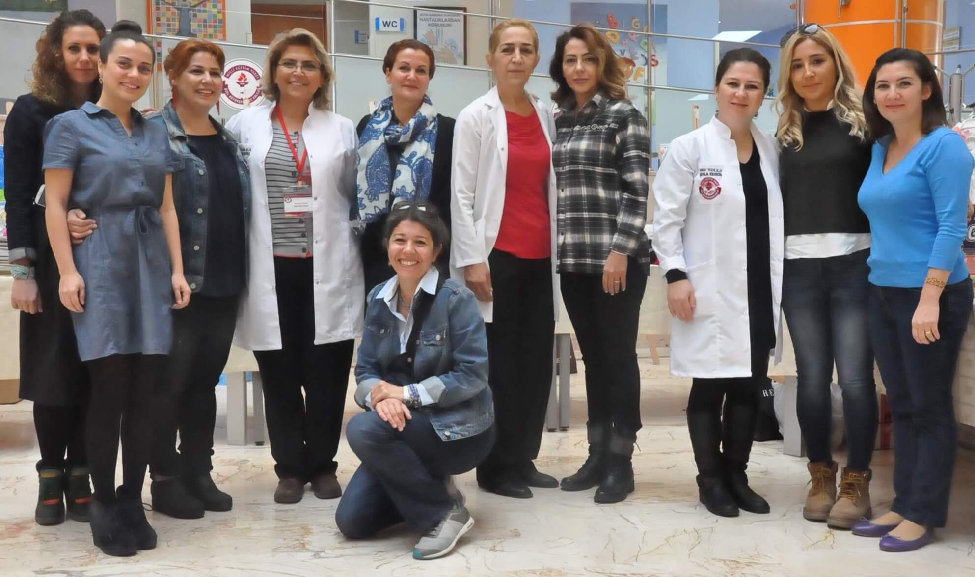 Kanserli Çocuklara Umut Vakfı'na Destek Olmak Amacıyla Okulumuzda Kermes Düzenlendi