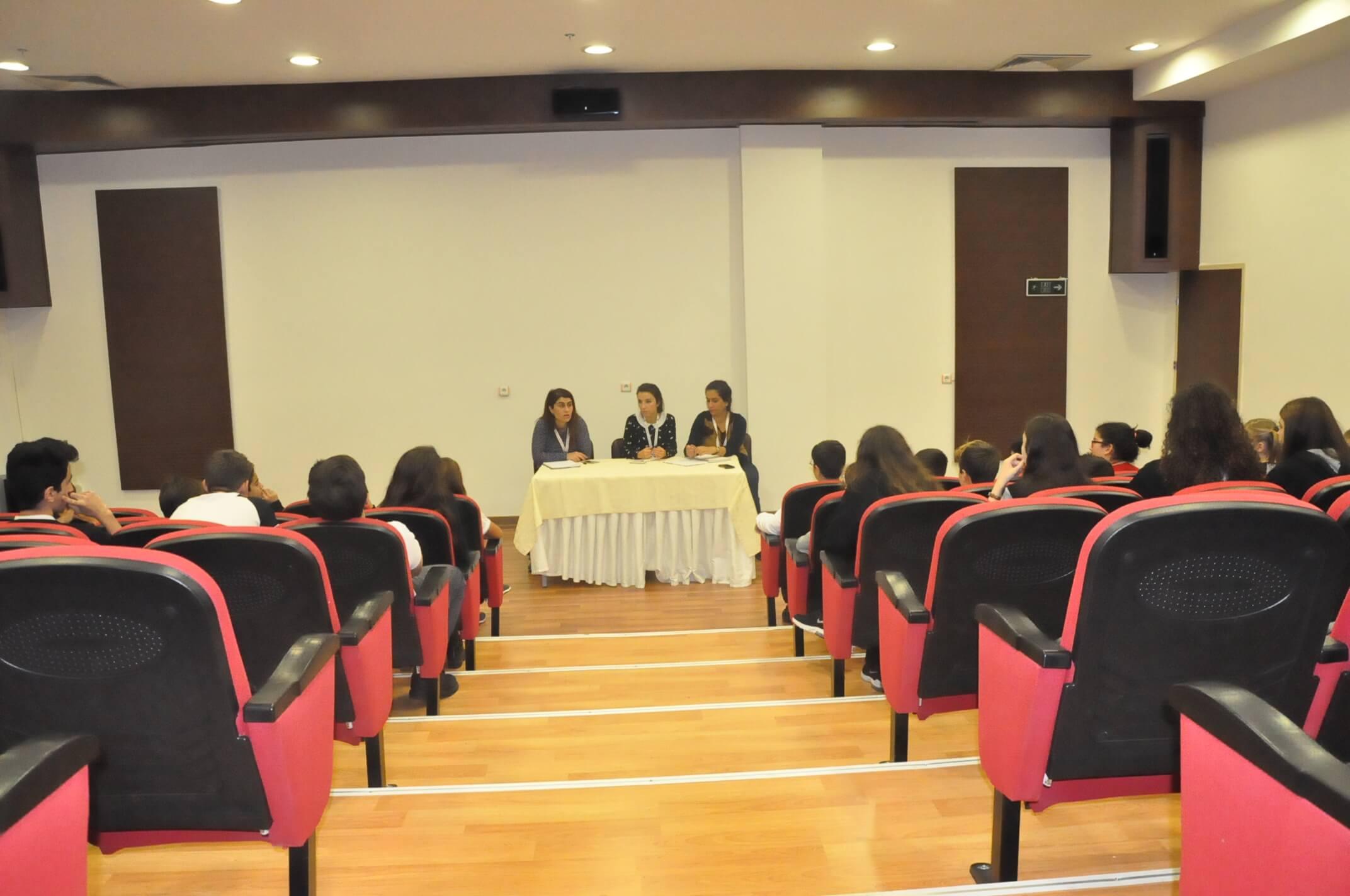 Öğrenci Meclis Başkanları, Başkan Yardımcıları ve Sınıf Temsilcileri İlk Toplantılarını Gerçekleştirdiler