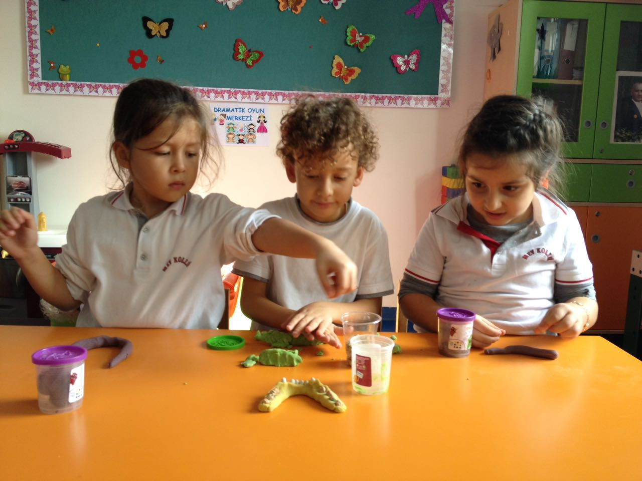 Ana Sınıfı Öğrencilerimiz Dişlerimizin Sağlığı İçin Yapılması Gerekenleri Öğrendiler