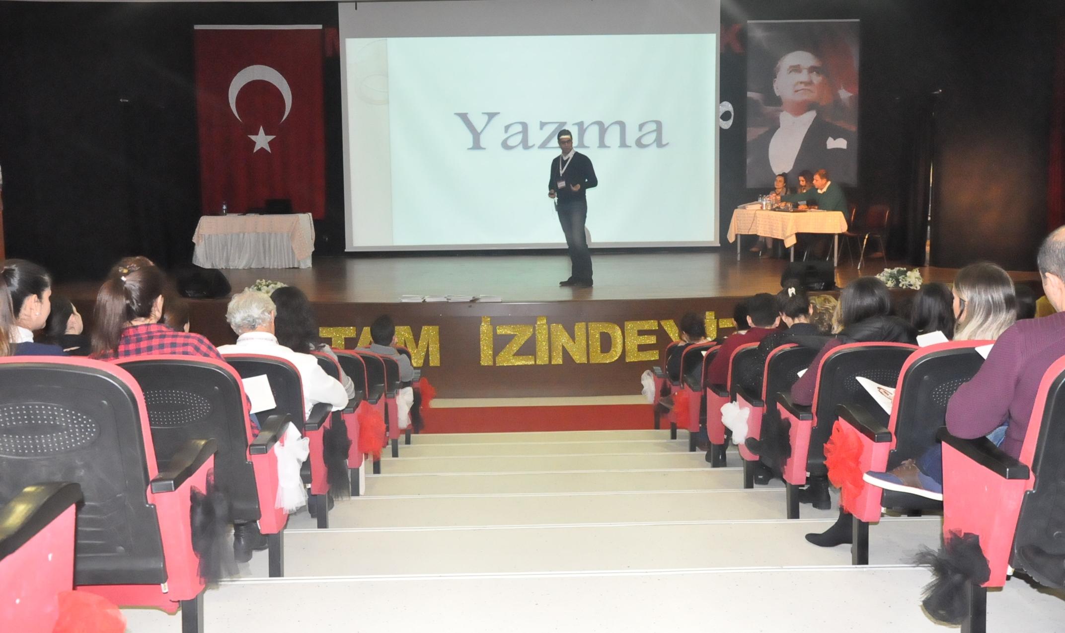 """""""Türkçe Öğrenim Sürecinde Duyarlılık ve Farkındalık"""" Konulu Seminer Gerçekleştirildi"""