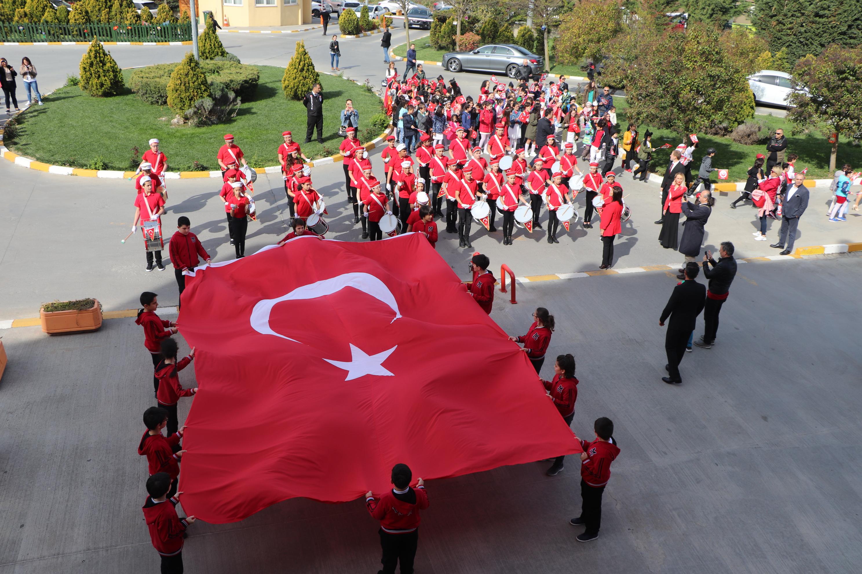 Ulu Önder Atatürk'ün, Ulusumuza ve Dünya Çocuklarına Armağan Ettiği 23 Nisan Ulusal Egemenlik ve Çocuk Bayramı Kutlu Olsun