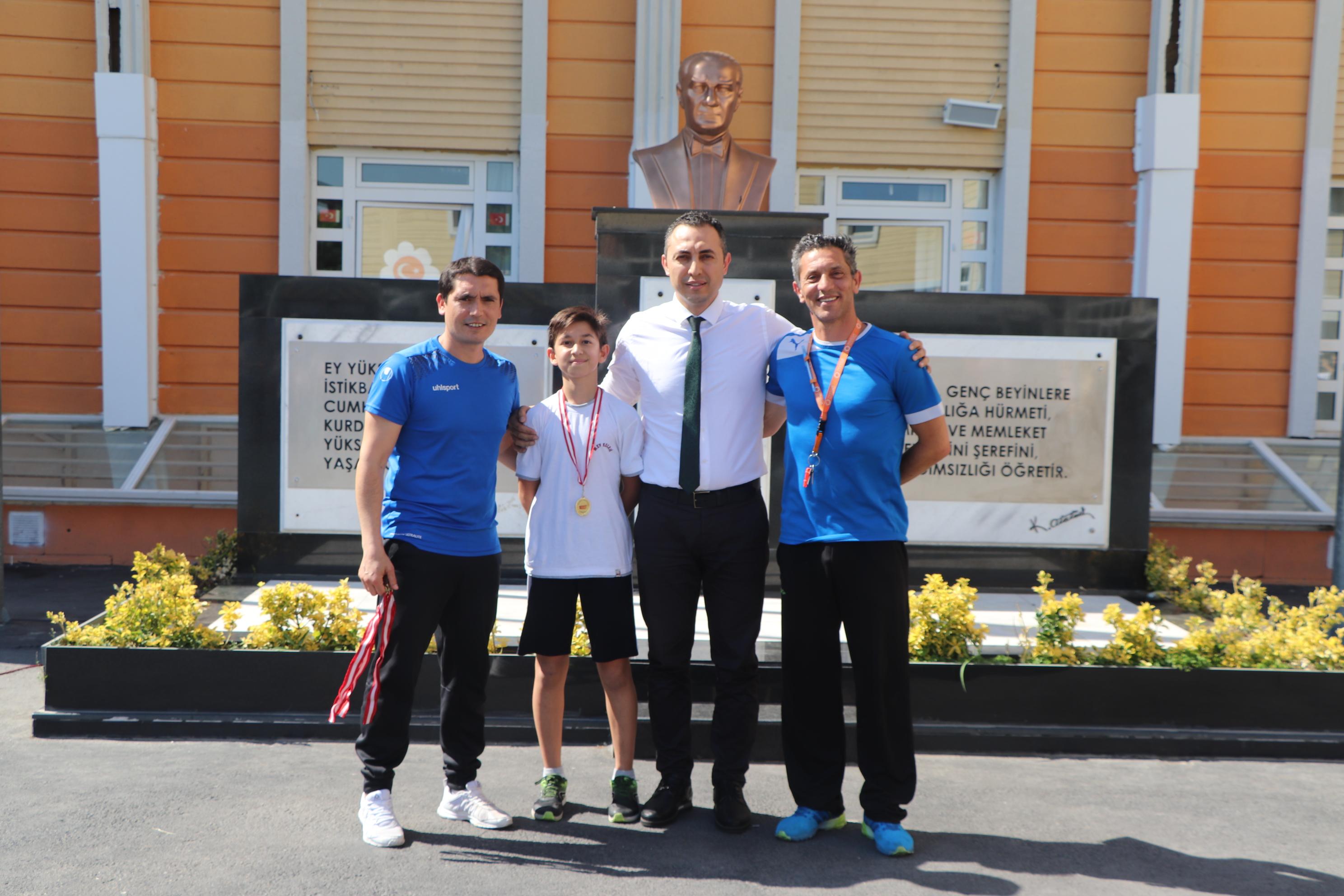 MEV'li Sanalp, Atletizmde İl Şampiyonu